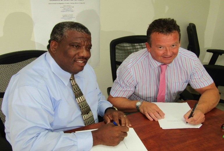 Peter White and Mick Hepple sign Memorandum of Understanding